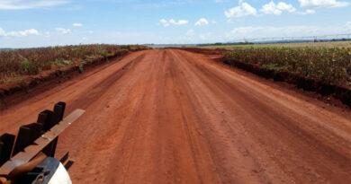 Produtores rurais são beneficiados com melhorias nas estradas de acesso
